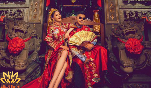 Chụp ảnh cưới Trung Quốc hiện đại