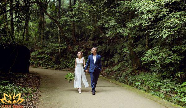 Chụp ảnh cưới Ba Vì giữa rừng QG