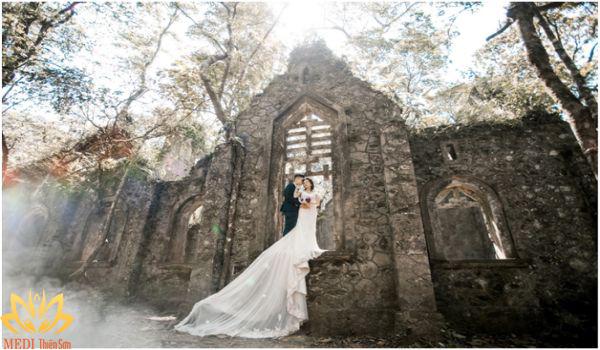 Chụp ảnh cưới Ba Vì tại Nhà thờ cổ