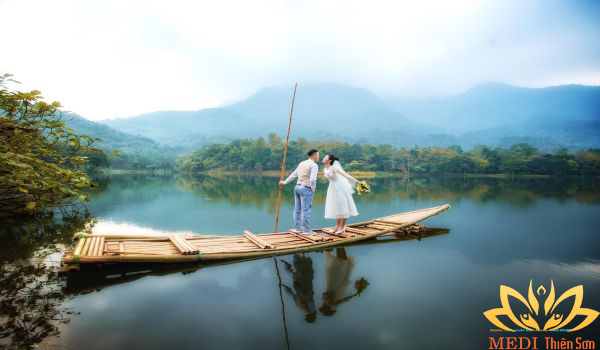 Chup hình cưới Hà Nội ở Thiên Sơn