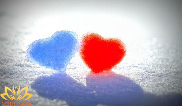 Định nghĩa hạnh phúc trong tình yêu là gì