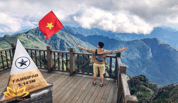 địa điểm nghỉ lễ 304/-1/5 gần Hà Nội leo đỉnh Fansipan