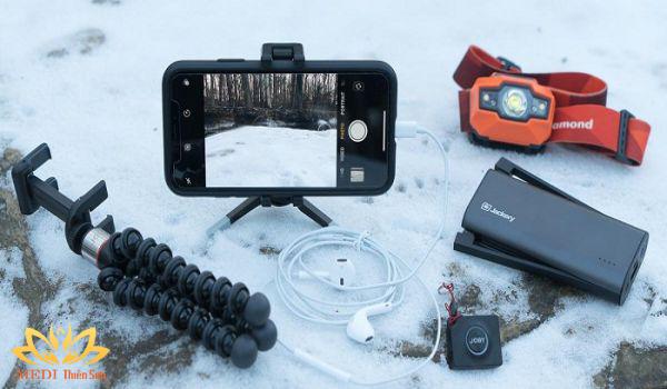 Trekking cực phê cùng MEDI Thiên Sơn với thiết bị điện tử